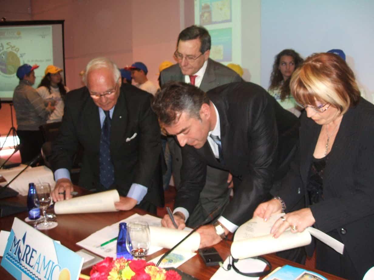 firma-dellaccordo-di-partenariato