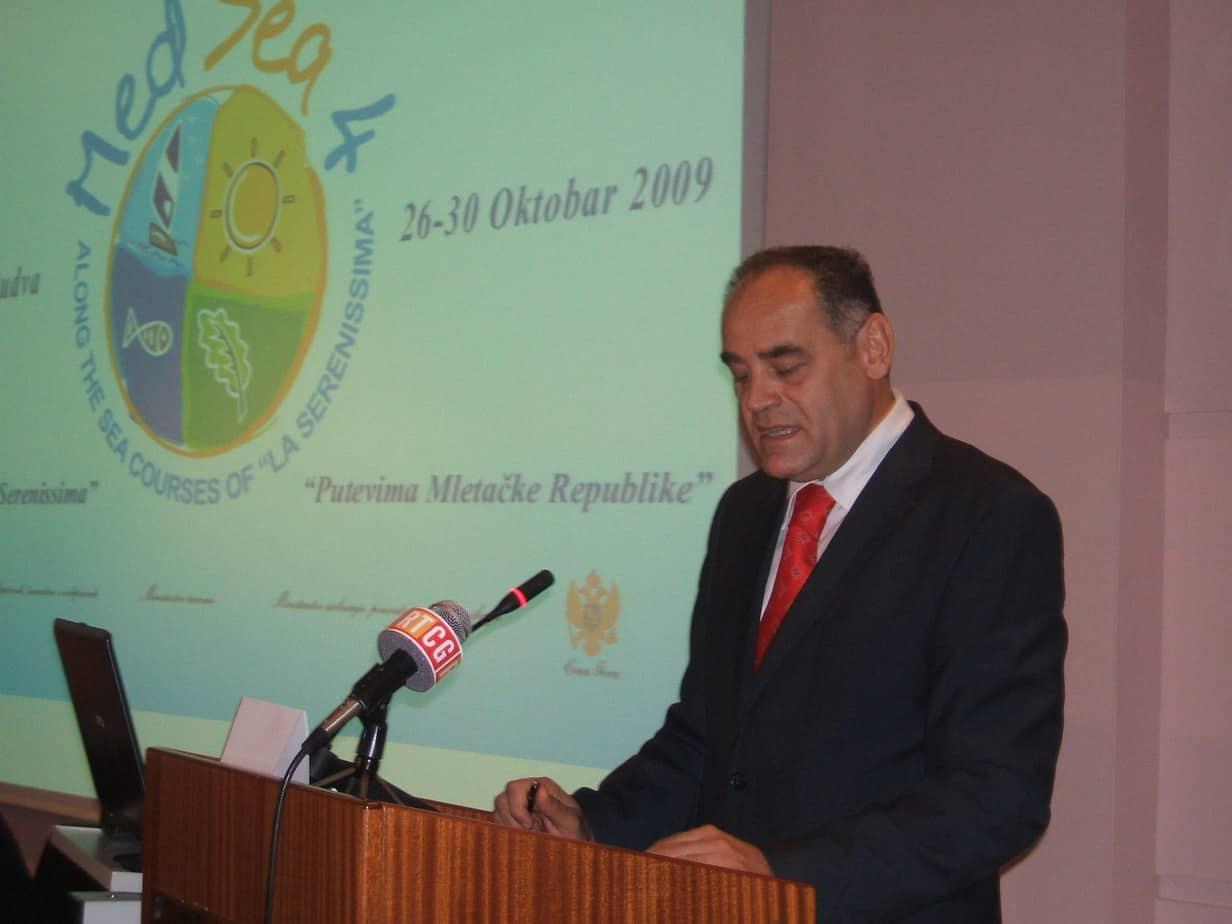ministro-milutin-simovic
