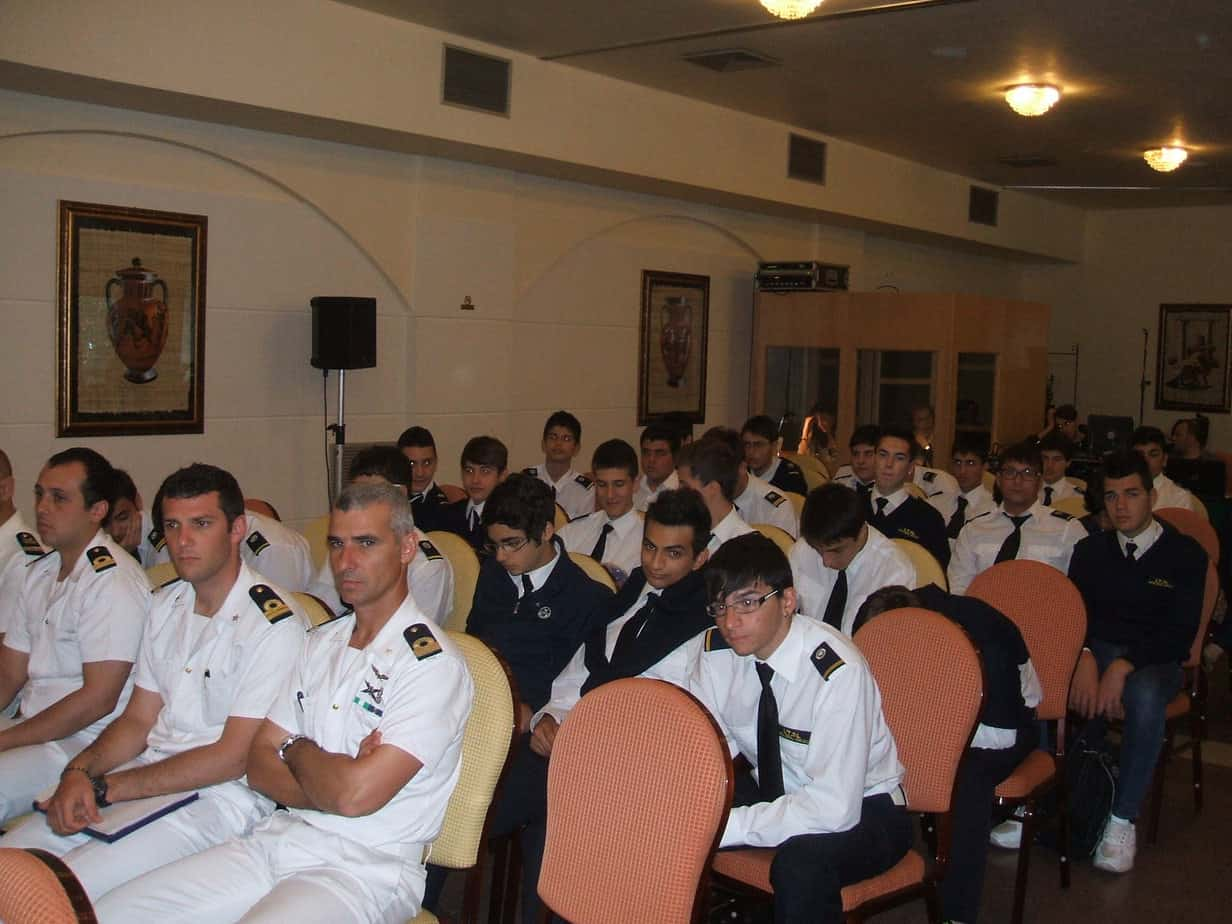 gli-studenti-del-politecnico-del-mare-di-catania