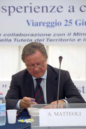 tuttambiente2-viareggio-24-26-05-06-ministro-3